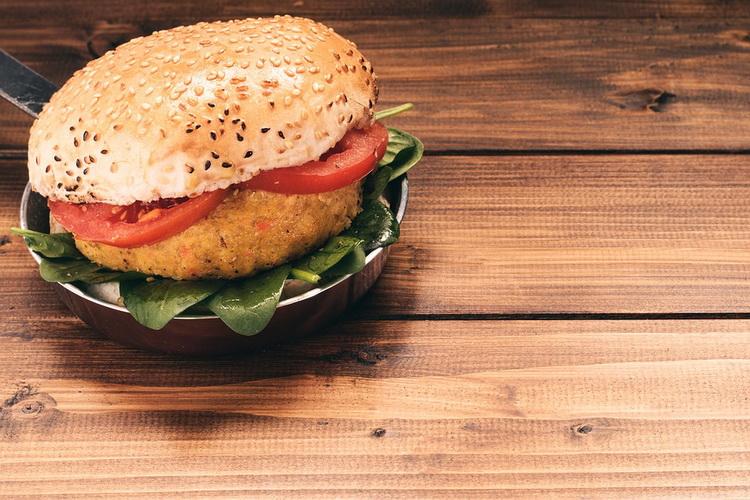 vegetarijanski-hamburger